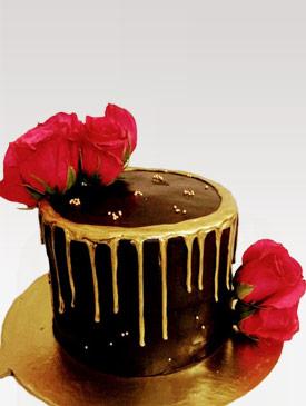Fresh Roses & Edible Gold Drip Cake