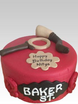 Sherlock Holmes Cake